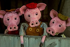 Garlic Theatre Presents: 3 Little Pig Tails: 11am & 2pm
