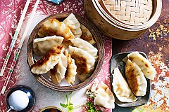 Gyoza - LEARN.COOK.RUN