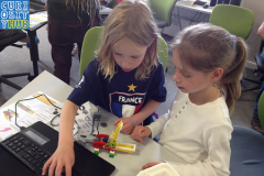 Curiosity Hub mini-workshops: Lego Robotics!