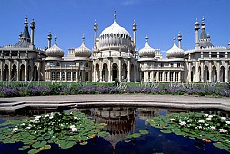 Brighton Guided Tour - Palaces and Piers
