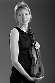 Ellie Blackshaw (violin) and Rachel Fryer (piano)